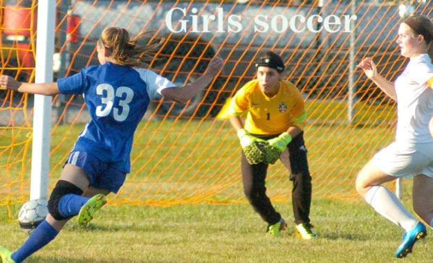 Girls soccer: Colonie upsets Shenendehowa in Suburban Council
