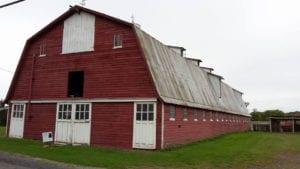 sandy-creek-barn