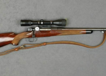 Hunting bolt-action .308 rifle by Griffin & Howe