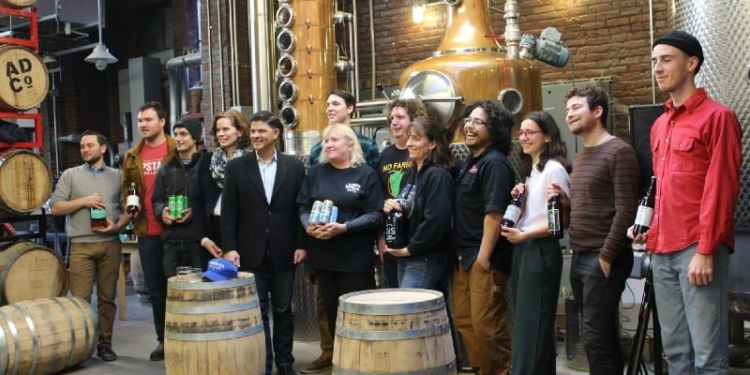 (L-R) Curtin, Upstate Distilling founder Ryen Van Hall, Nine Pin founder Alejandro del Peral, Fahy, Amedore, Albany Distilling co-owner Rick Sicari, Indian Ladder Farmstead co-owner Laura Ten Eyck and Dietrich Gehring, representatives from S&S Farm Brewery, C.H. Evans Brewing, and The Beer Diviner // Photo: Relentless Awareness)