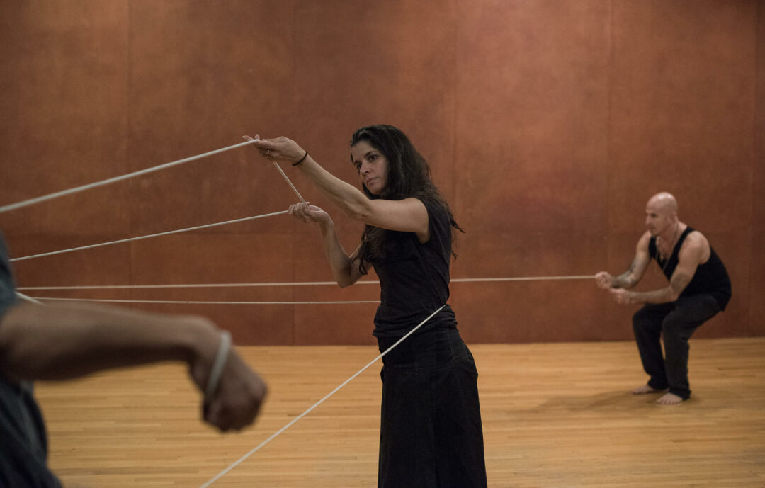 Janine Antoni, Anna Halprin, Stephen Petronio, Rope Dance, 2015. Commissioned by The Fabric Workshop and Museum. Photo: Hugo Glendinning.