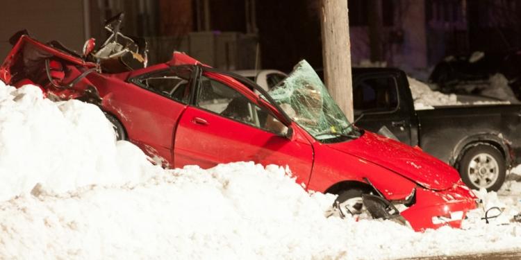 A one car crash on Central Avenue in Colonie (photo by Jim Franco/Spotlight News)