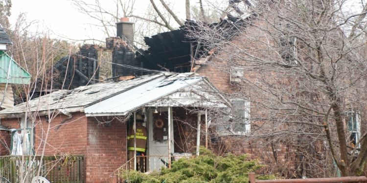 A fire at 2973 Curry Road on Tuesday, April 4. (photo by Jim Franco/Spotlight News)