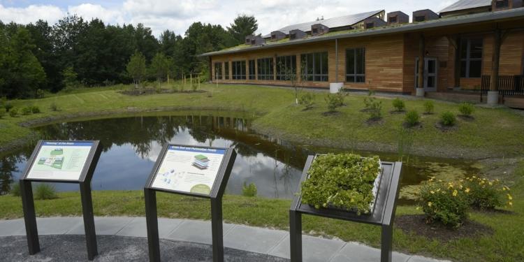 Five Rivers Environmental Education Center New Green Interpretive Building / Photo: DEC