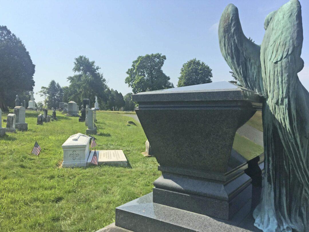 President Chester Arthur's grave (Katie Hopsicker/Spotlight News)