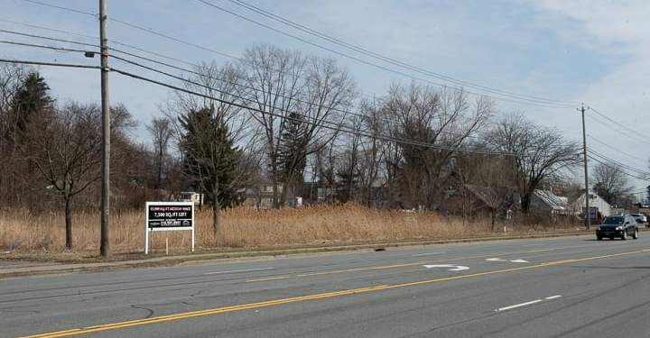 The site of a new Medical Arts building along Troy-Schenectady Road (Jim Franco/Spotlight News)