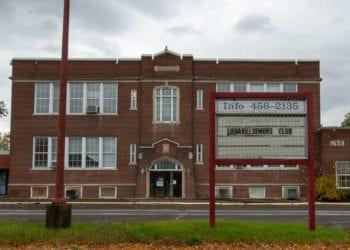 The former Colonie Community Center on Central Avenue (Jim Franco / Spotlight News)